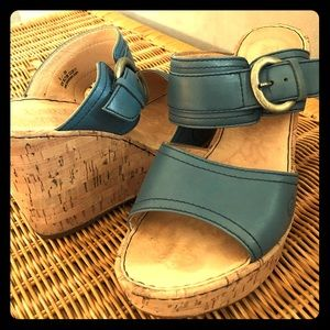 Women's leather wedges sandals!